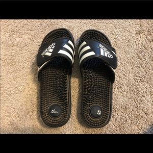 Shoes - Adidas sandals